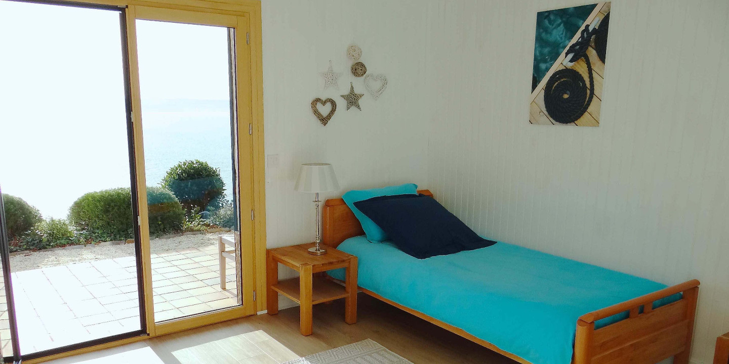 Room 2 with sea view